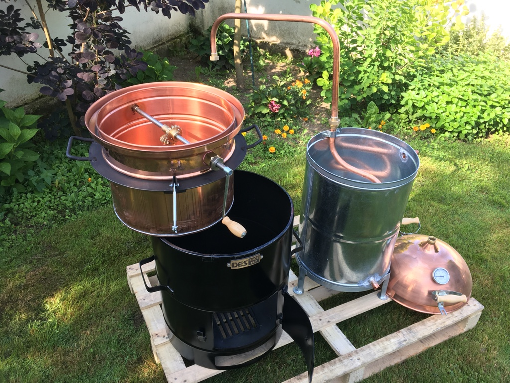 měděné palírny KAZAN o objemu 30 litrů